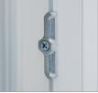 Запірні пластини виконані з зносостійкого сплаву ЦАМ (цинк, алюміній, мідь). Знос на 20 тис. циклах відкривання не перевищує норм, регламентованих ДСТУ.
