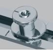 В якості додаткової опції елементи кутових передач і середніх запорів з грибоподібними цапфами в поєднанні з протизламними пластинами дозволяють оснастити вікно відповідно до вимог базової безпеки.